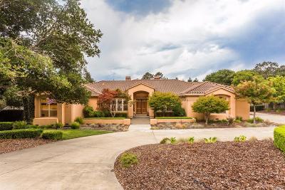 Novato Single Family Home For Sale: 2215 Oak Knoll Road