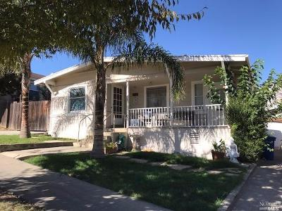 Single Family Home For Sale: 248 South 4th Street