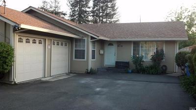 Multi Family 2-4 For Sale: 921 Temple Avenue