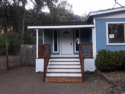 Clearlake Single Family Home For Sale: 12518 Oak Street