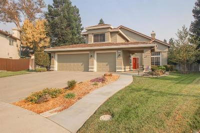 Vacaville Single Family Home For Sale: 1019 Fallen Leaf Place