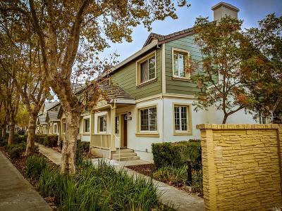 Vallejo Condo/Townhouse For Sale: 514 Daniels Avenue