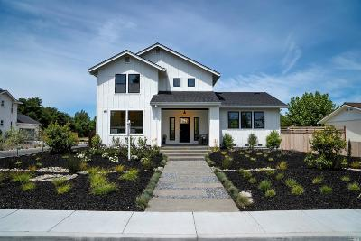 Sonoma Single Family Home For Sale: 220 Newcomb Street