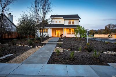 Sonoma Single Family Home For Sale: 230 Newcomb Street