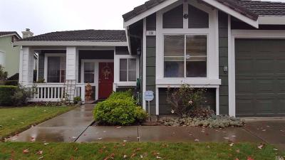 Vallejo Single Family Home For Sale: 104 Hawkesbury Way