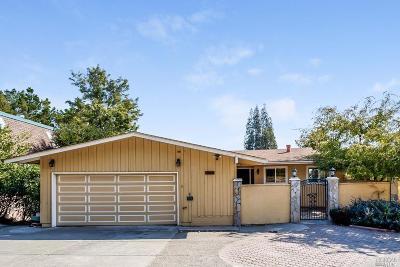 Greenbrae Single Family Home For Sale: 208 Via La Cumbre