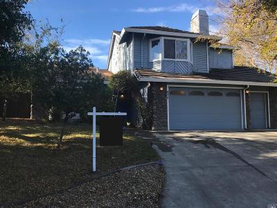 Vacaville Single Family Home For Sale: 424 Rollingwood Court