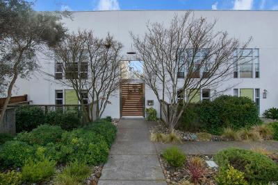 Sonoma Condo/Townhouse For Sale: 756 1st Street West #10