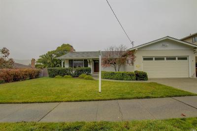 Marin County Single Family Home Contingent-Show: 582 Montecillo Road
