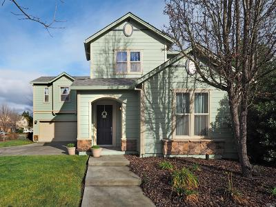 Santa Rosa Single Family Home Contingent-Show: 4616 Sorrento Way