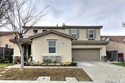 American Canyon Single Family Home For Sale: 35 Via Marciana