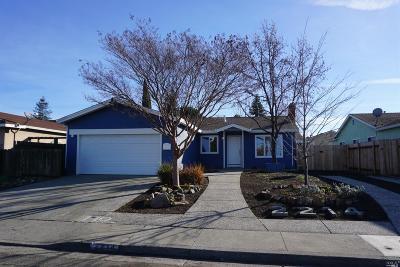 Fairfield Single Family Home For Sale: 2214 Cormorant Drive
