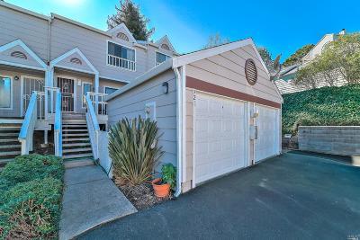 Vallejo Condo/Townhouse For Sale: 321 Seaport Drive
