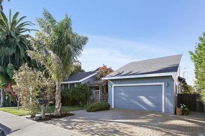 Novato Single Family Home For Sale: 129 Bahama Reef Court