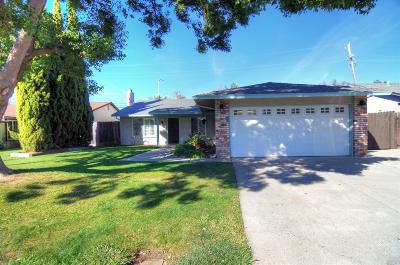 Vacaville Single Family Home For Sale: 167 Jennifer Lane
