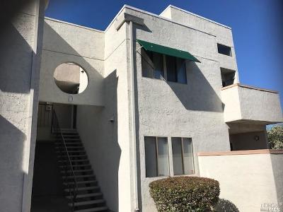 Fairfield Condo/Townhouse For Sale: 225 Pennsylvania Avenue #D8