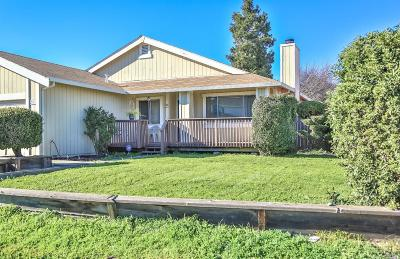 Suisun City Single Family Home For Sale: 1003 Westwind Way