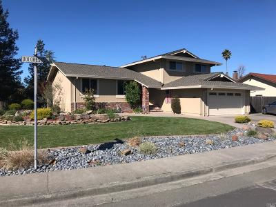 Rohnert Park Single Family Home For Sale: 5785 Dolores Drive