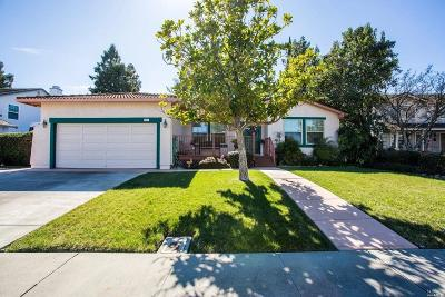 Vacaville Single Family Home For Sale: 442 Stonewood Drive