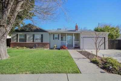 Vacaville Single Family Home For Sale: 131 Ramos Street