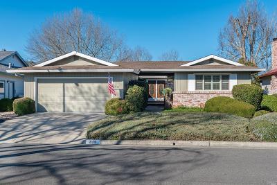 Santa Rosa Single Family Home For Sale: 319 Twin Lakes Drive