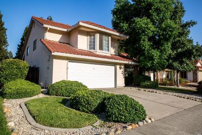 Vacaville Single Family Home For Sale: 632 Rambleton Drive