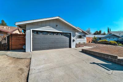 Vacaville Single Family Home For Sale: 384 Chelan Drive
