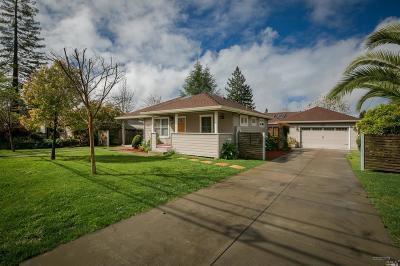 Healdsburg Single Family Home For Sale: 1113 University Street