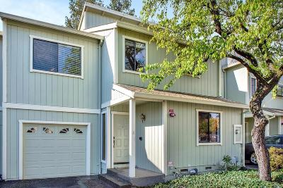 Petaluma CA Condo/Townhouse For Sale: $549,000