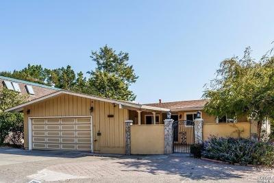 Greenbrae Single Family Home For Sale: 208 Via La Cumbre