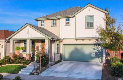 Santa Rosa Single Family Home For Sale: 1986 Citrine Way
