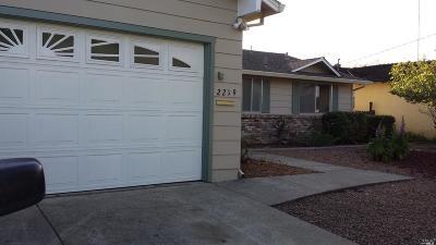 Santa Rosa Single Family Home For Sale: 2219 Yulupa Avenue