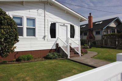 Fort Bragg Single Family Home For Sale: 728 West Street