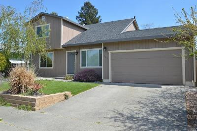 Sonoma County Multi Family 2-4 For Sale: 266 Carina Drive