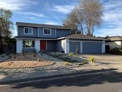 Rohnert Park Single Family Home For Sale: 4987 Filament Street