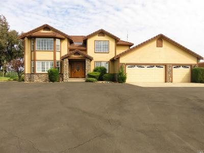 Vacaville Single Family Home For Sale: 3960 Estate Drive