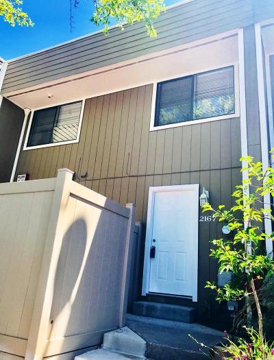 Santa Rosa Condo/Townhouse For Sale: 2167 West Steele Lane