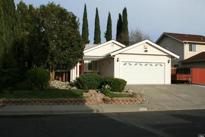 Suisun City Single Family Home For Sale: 807 Crested Drive