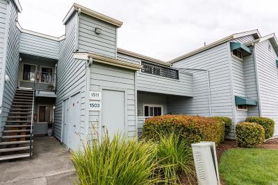 Vallejo Condo/Townhouse For Sale: 1201 Glen Cove Parkway #1503