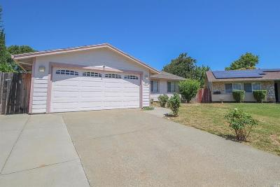 Vacaville Single Family Home For Sale: 150 York Court