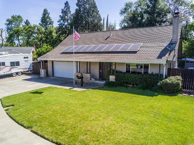 Vacaville Single Family Home For Sale: 82 Westwood Street