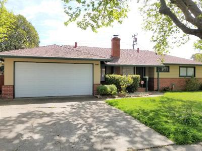 Vallejo Single Family Home For Sale: 2457 Helen Avenue