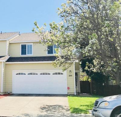 Vallejo Single Family Home For Sale: 235 Clearpointe Drive