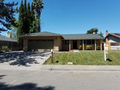 Dixon Single Family Home For Sale: 1130 Watson Ranch Way