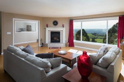 Penngrove Single Family Home For Sale: 6864 Eagle Ridge Road