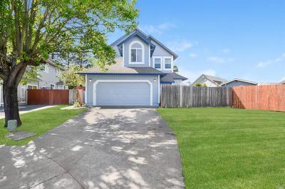 Santa Rosa CA Single Family Home For Sale: $795,000