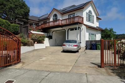 Cloverdale Single Family Home For Sale: 11 Hillside Court