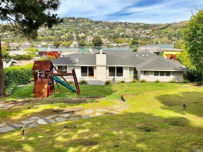 Marin County Single Family Home For Sale: 215 San Rafael Avenue