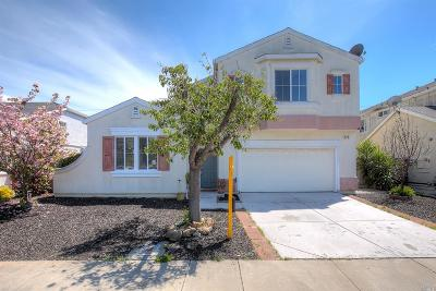 American Canyon Single Family Home Contingent-Show: 424 Poppyfield Drive