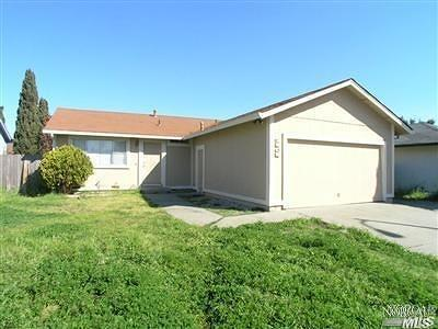 Santa Rosa Single Family Home For Sale: 2505 Joseph Court West